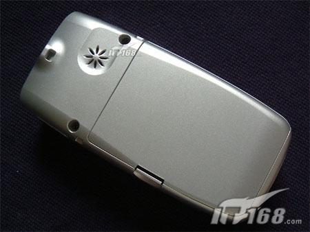 超值200万像素蓝牙手机不到3000元