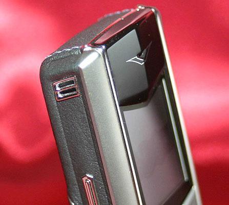 品味奢华万元级手机VertuAscent仔细看
