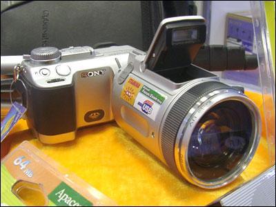 选择实在太多5000元高性能数码相机推荐(8)
