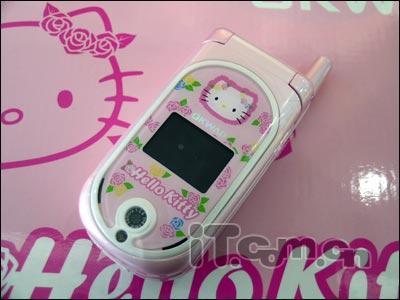 粉嫩粉嫩HelloKitty手机让女人痴迷