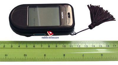 旋屏新宠诺基亚首部旋盖手机7370完全评测