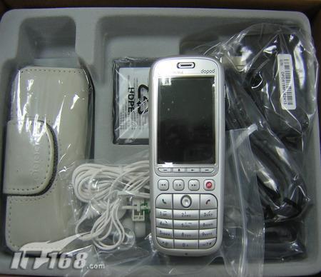 音乐新机多普达566手机现价4380元