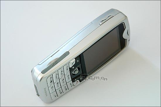 冲击多普达565神达智能手机8870低价袭来