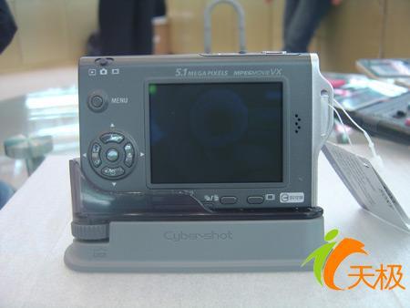 数码市场综述价格走稳卡片相机成焦点