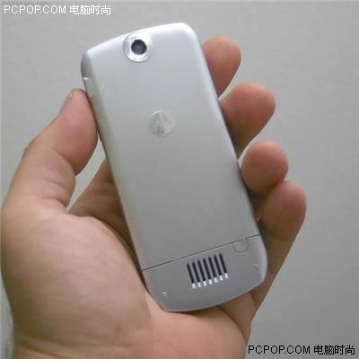 再创轻薄记录MOTO超薄直板手机L6低价上市