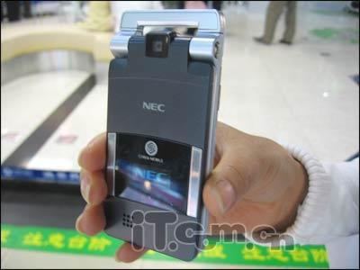 NEC超薄手机NQ大泻500售价直指4900
