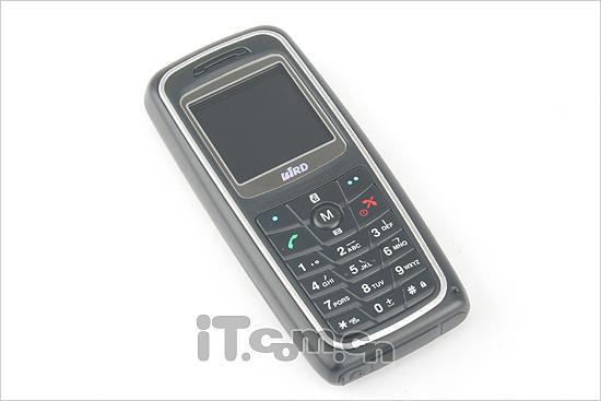 征战入门级市场波导简约直板手机S667评测