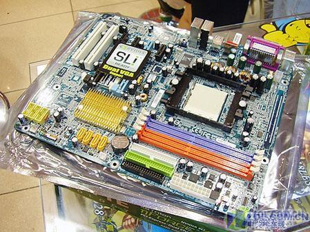 http://image2.sina.com.cn/IT/cr/2006/0118/3901001470.jpg