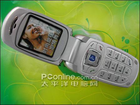 手机变组合音响飞利浦折叠手机S800上市