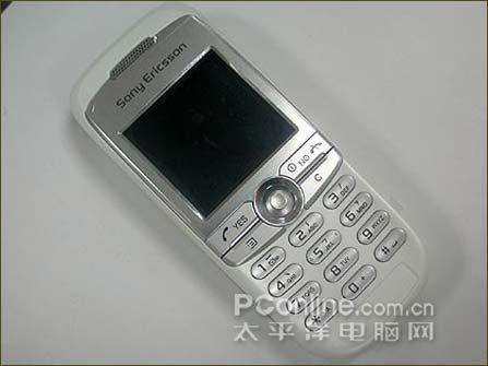 便宜就行索爱低端抢手机J200c只卖700元