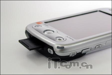 3.5英寸屏看电影智能手机售3180元