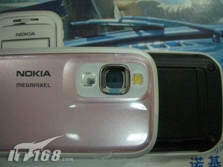 粉红MM机诺基亚滑盖6111高价到货