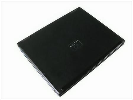 富士通精致13寸炫丽屏幕笔记本跌至万元