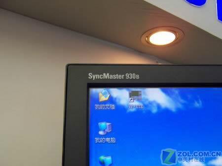 8msDVI狂降价三星19寸液晶930B售2899元