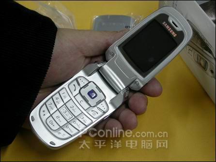 一周手机行情回顾:百万像素超薄靓机降千余
