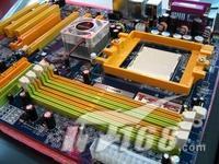 专为超频而生映泰超豪华NF4主板降至729元