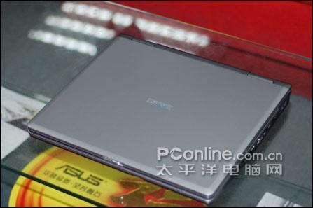 惊雷震京师华硕5999本本配备60GB硬盘