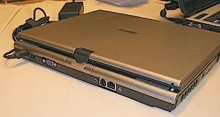 东芝首款单核Core处理器平板电脑现身