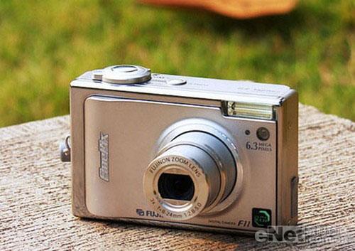 拍的好又多新年2800元旅行数码相机导购