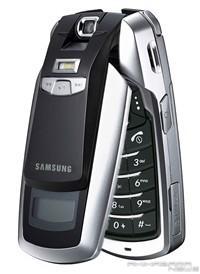 世界杯能用手机看三星3G电视手机P900曝光