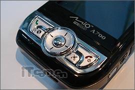 绝不会迷路神达GPS智能手机A700售价6880元