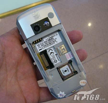 小巧智能台版多普达586手机仅售2800元