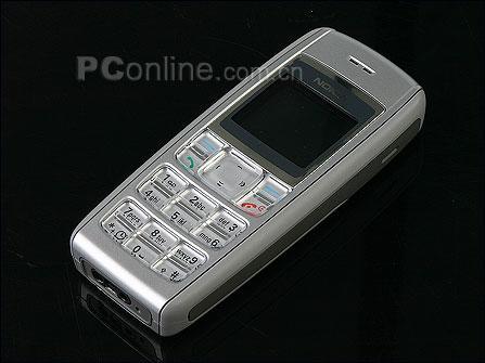 凸现性价比诺基亚直板手机1600只卖760元