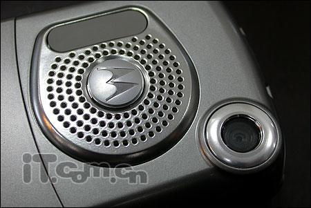 超级便宜摩托罗拉3G手机两款各售888