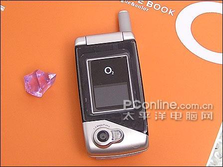 绝对实惠O2百万像素折叠手机只1180元