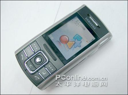 智能滑盖第一弹三星S60系统手机D720C开卖