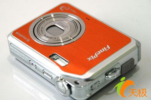 全国首发大屏幕相机富士V10详尽评测