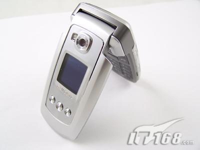 再掀浪潮三星音乐手机E778现价3680元
