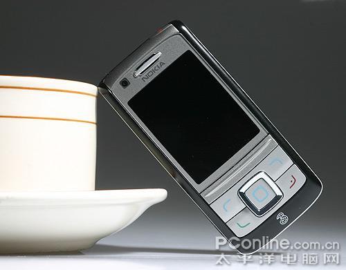 200万像素相机诺基亚滑盖3G手机6280图赏
