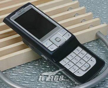 越黑越美丽06年手机流行色分析导购