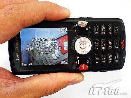 黑色音乐风索爱Walkman新机W810中文版现身