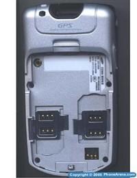 内置GPS定位系统三星双模手机W399曝光