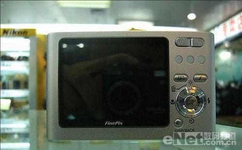 好钢用在刀刃上3000元高品质相机导购(4)