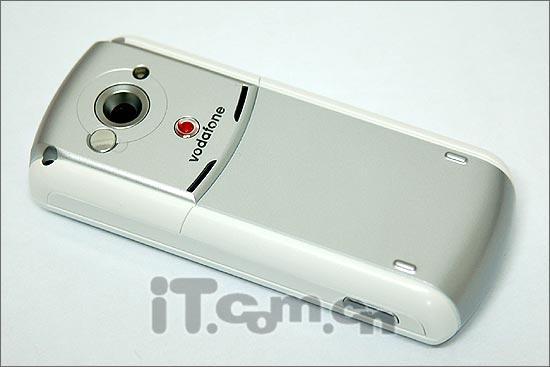 挑战E1摩托罗拉影音手机E770仅售1480元