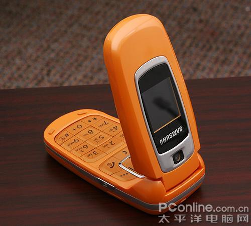支持蓝牙三星橙色动感折叠机X670图赏