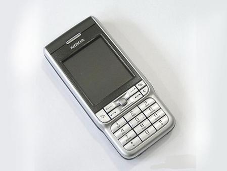 迎来智能手机春天诺基亚3230降价不止