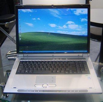 CeBIT:X1800XT显卡笔记本电脑赏析