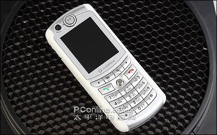 直板3G影音尖兵摩托罗拉多面手E770v评测