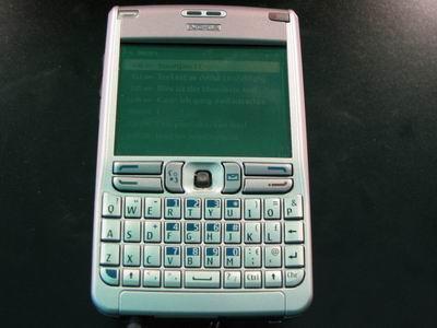 超薄全键盘诺基亚商务智能E61现场试用