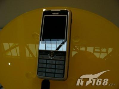 闪亮CeBIT2006华硕展示多款神秘新机