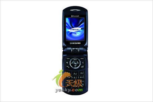 双模手机又添猛将三星双模领域新贵W399