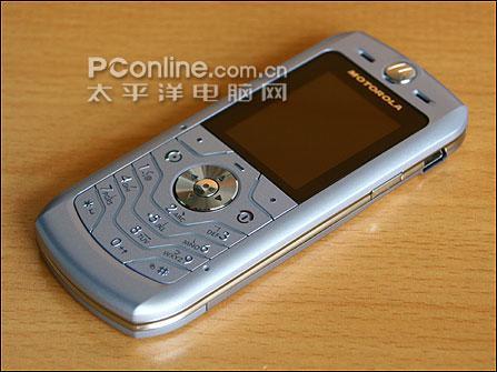 打压水货摩托罗拉睿薄手机L6创新低仅1399