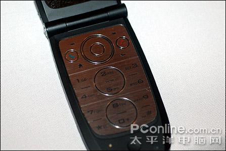 多普达第一款翻盖Smartphone手机抢先曝光