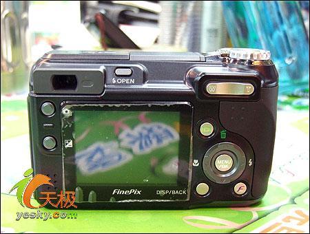 突破3千900像素万全手动E900创出新低价