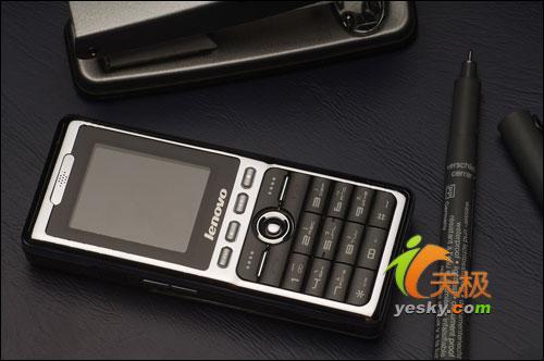 超能精刚手机横空出世联想P706