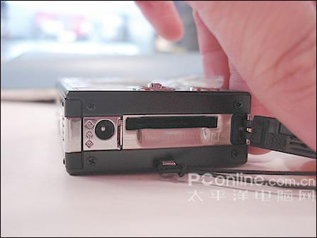 柯达双镜怪杰DC柯达V570降价至3000元